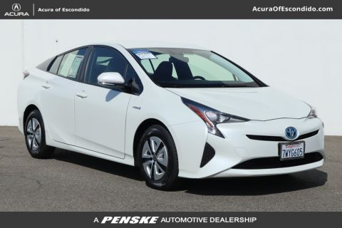 Pre-Owned 2016 Toyota Prius 5dr Hatchback Three